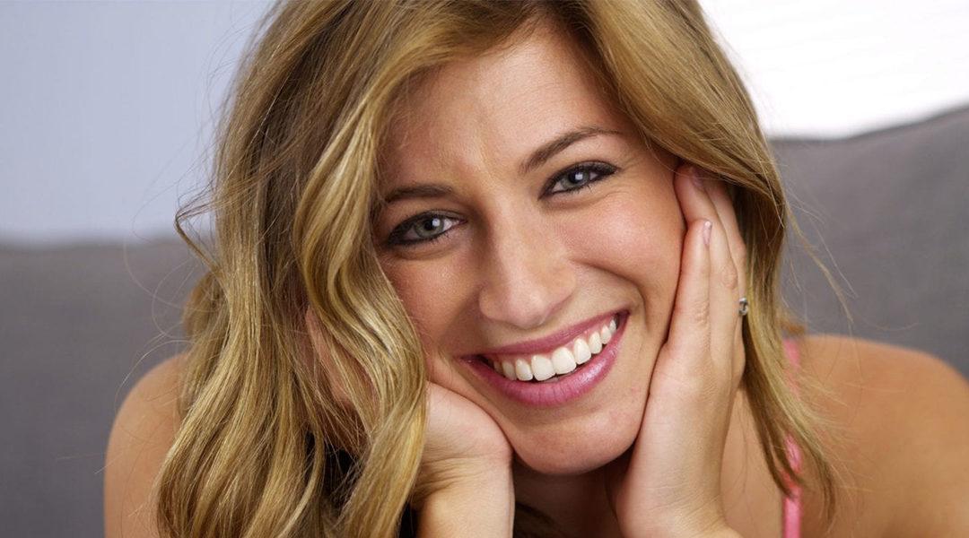 How Does Gum Contouring Improve a Gummy Smile?